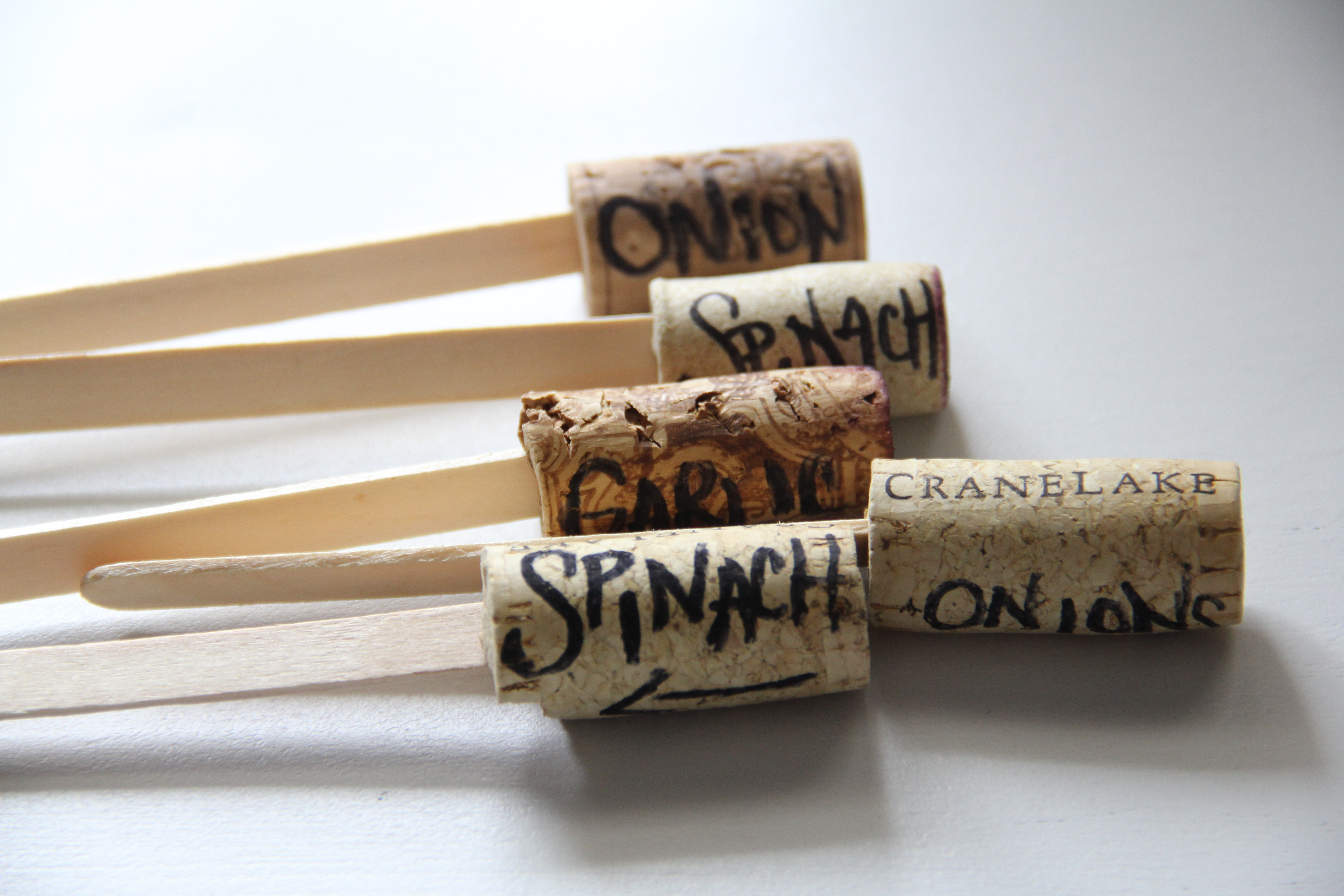 wine cork garden markers diy | perks of being a housewife
